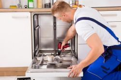 Подключение и установка посудомойки