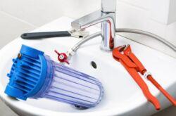 Как открутить фильтр для воды