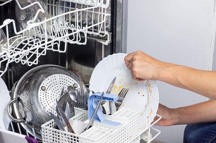 Почему посудомойка стала плохо мыть посуду