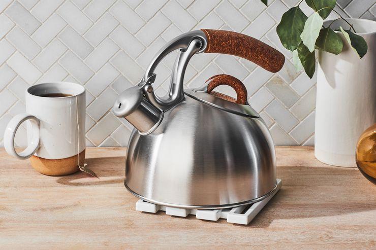 Что такое капсульное дно у чайника