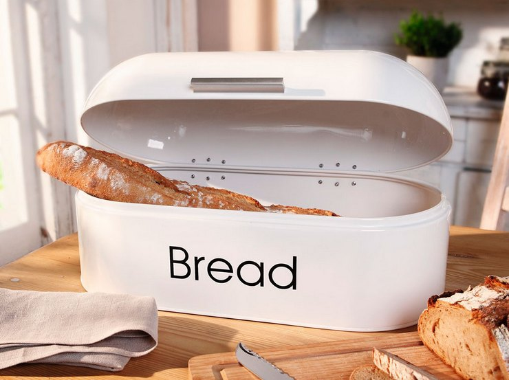 Правила хранения хлеба в пластмассовой хлебнице
