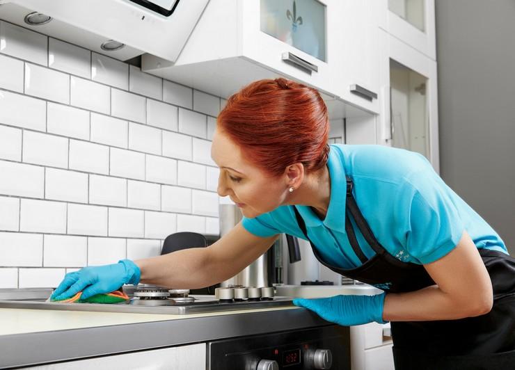 Выводим въевшийся жир из кухонного гарнитура