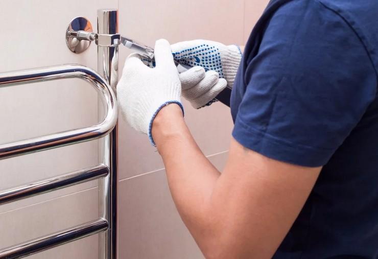 Как спустить воздух из полотенцесушителя