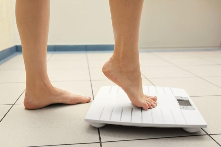 Как проверить электронные весы на точность