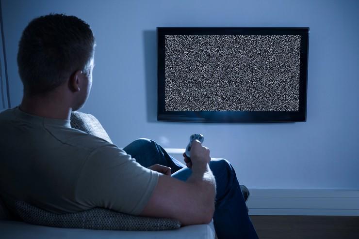 По какой причине телевизор не читает файлы с расширением MKV