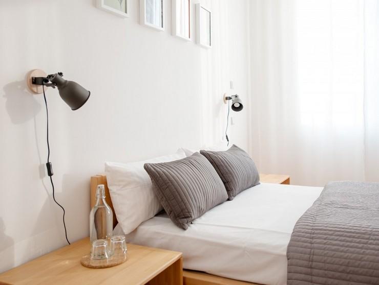 Высота бра над кроватью в спальне