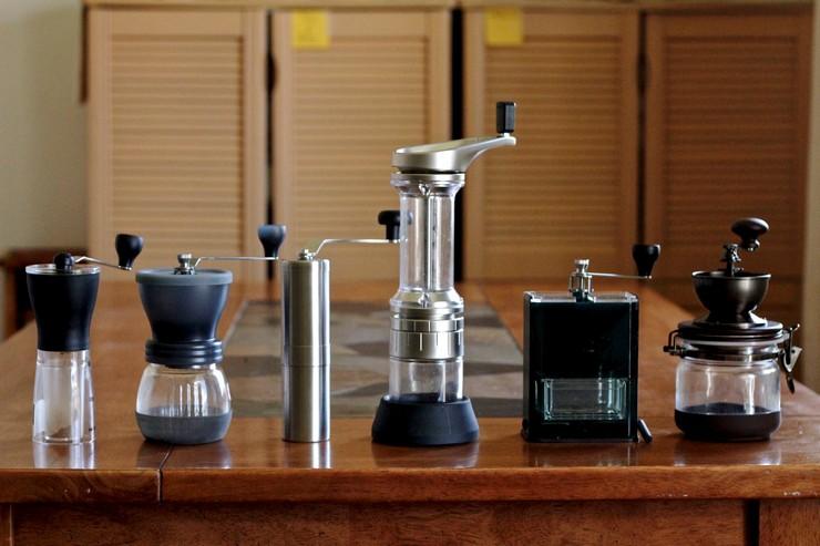 Виды ручных кофемолок