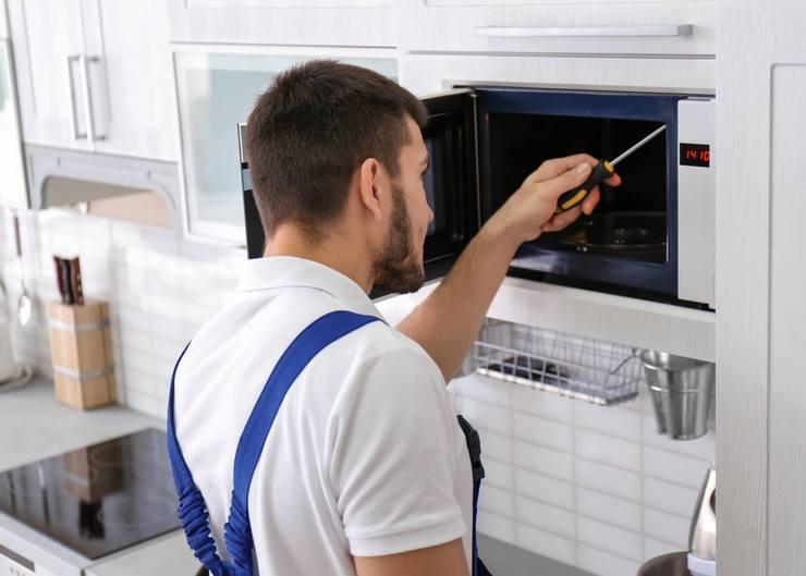 Функции предохранителя в микроволновой печи