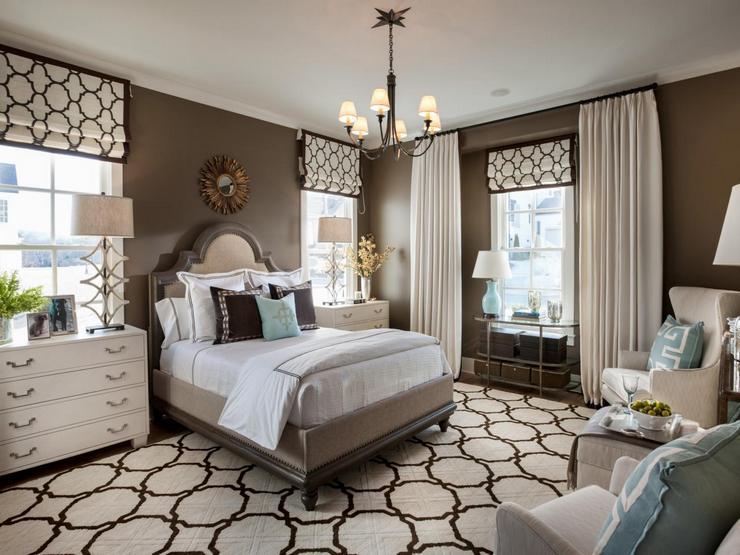 Классическая меблировка в спальне американского стиля