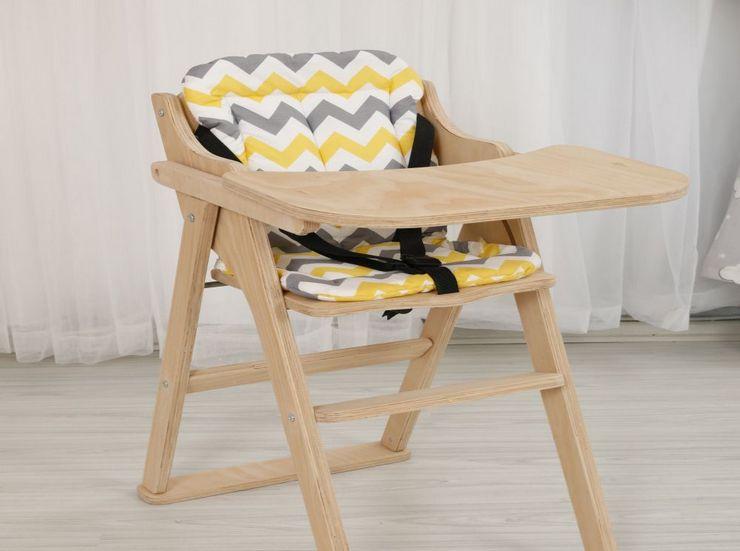 Классический деревянный стульчик для кормления