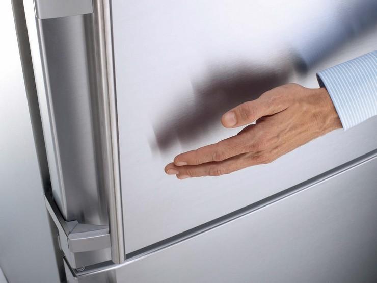 Как быстро отклеить наклейки с холодильника
