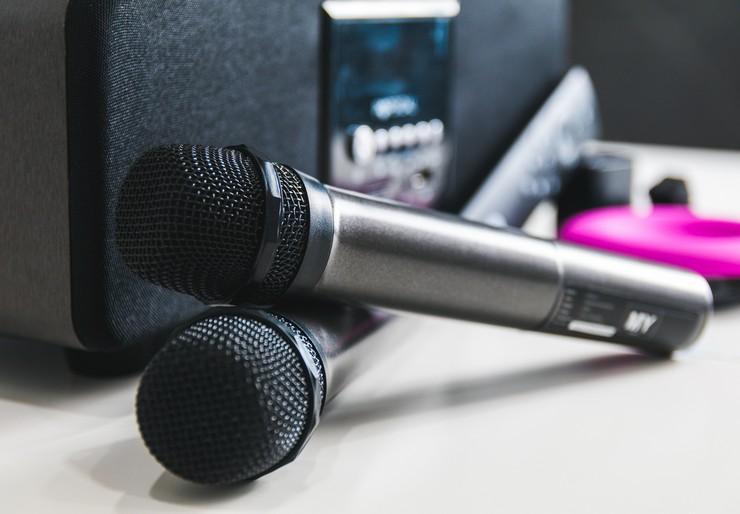 Как подключить микрофон к телевизору