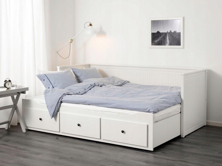 Различия между тахтой и кроватью