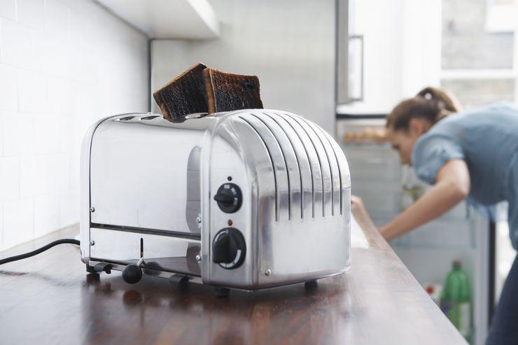 Регулярное подгорание тостов