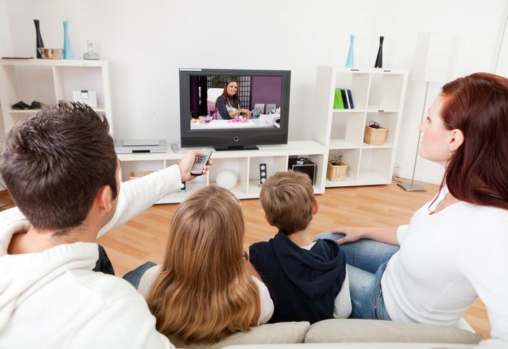 Как включить av на телевизоре без пульта