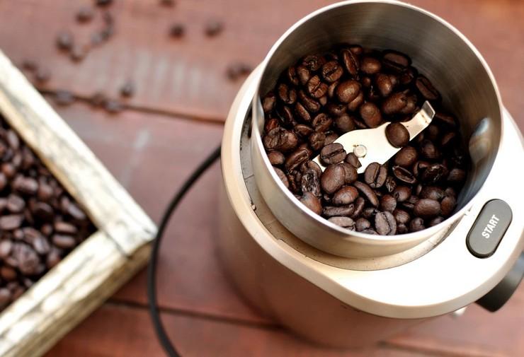 Правила: как молоть кофе в кофемолке