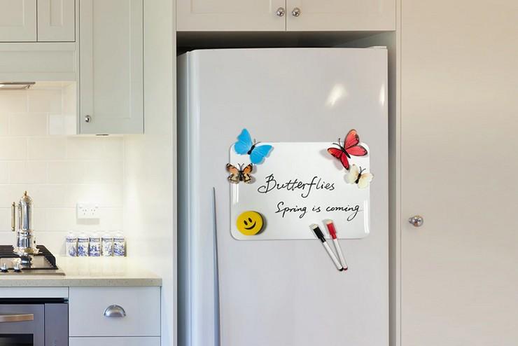 Нужно ли снимать магниты с холодильника