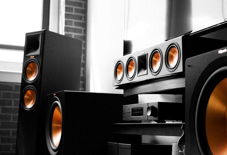 Что такое акустические колонки