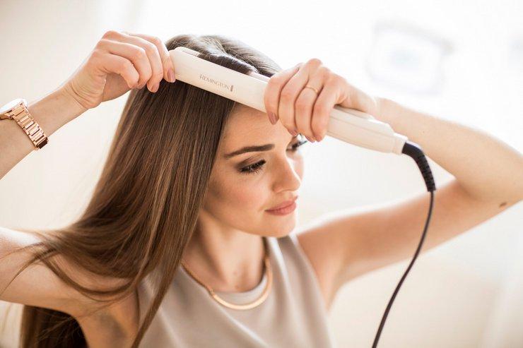 Как выпрямить волосы при помощи плойки