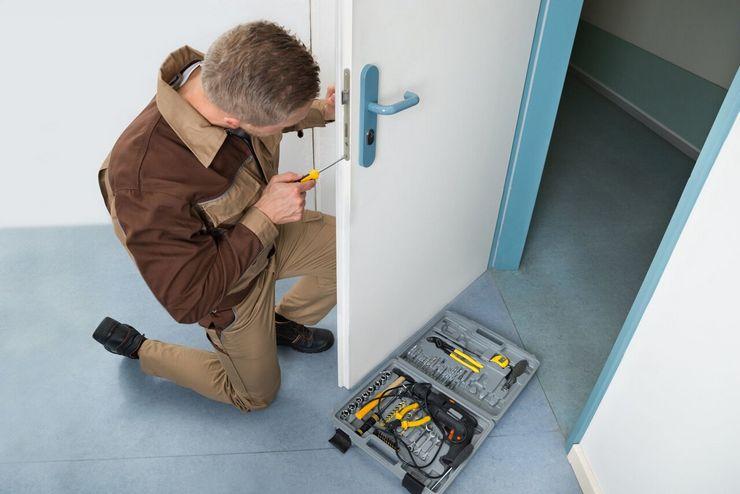 Межкомнатные двери ремонт коробки