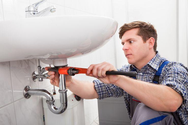 Способы устранить запах канализации в ванной