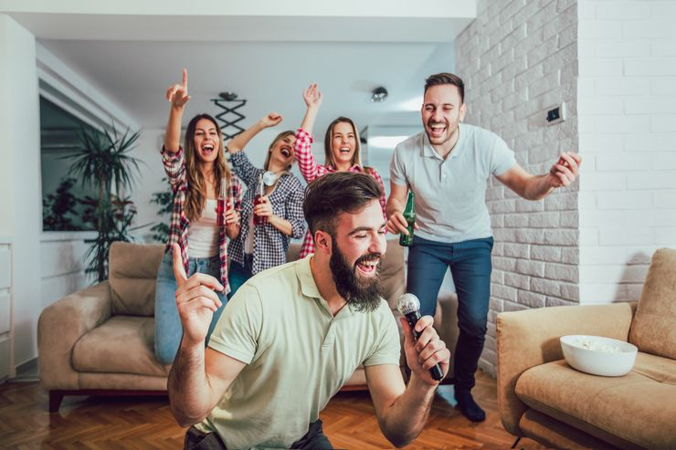 Что нужно для домашнего караоке на телевизоре