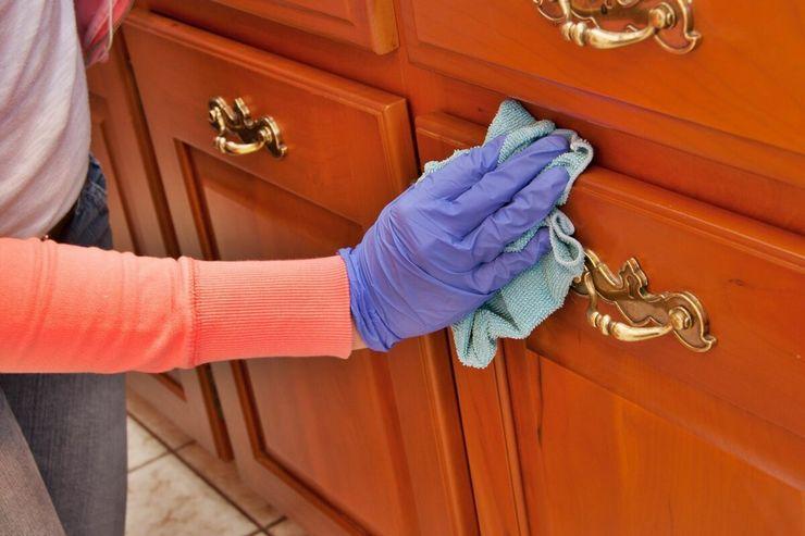 Какой тряпкой лучше мыть шкафы на кухне