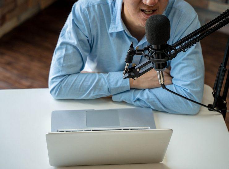 Как убрать шипение микрофона при записи