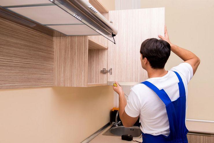 Вешаем шкафы с помощью подвесного уголка
